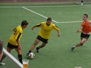 Minifotbal: 14 formaţii la startul Bucovina Cup 2010