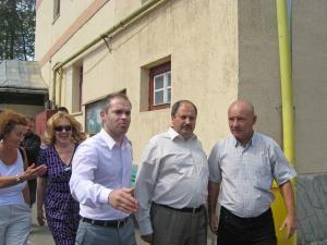 Daniel Funeriu şi Petru Carcalete au vizitat Grupul Şcolar Sf Andrei din Gura Humorului