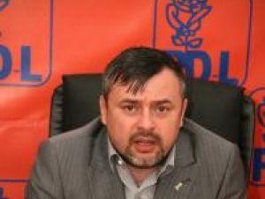 Bălan acuză PSD Suceava că duce în derizoriu realizările administraţiei PD-L