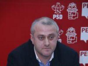 Flutur şi Popescu, îndemnaţi să găsească soluţii pentru specialiştii disponibilizaţi de la Direcţia Agricolă