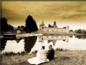 Amintiri din ziua nunţii. Foto: Doru HALIP