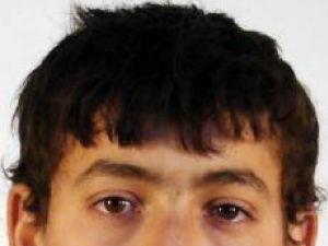 Pe urmele lui...: Adolescent dispărut, căutat de părinţi şi poliţie