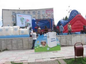 Tur educaţional: Caravana laptelui ambalat, la Suceava