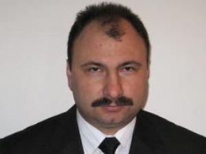 Prefectul Sorin Popescu încearcă să găsească soluţii la conflictul iscat cu ocazia începerii anului şcolar