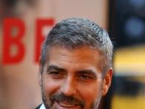 George Clooney se teme de arme
