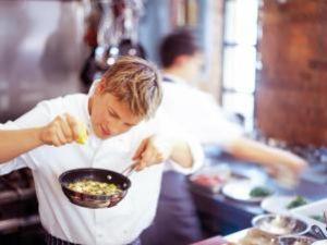 Celebrul maestru bucătar Jamie Oliver a devenit tată pentru a patra oară
