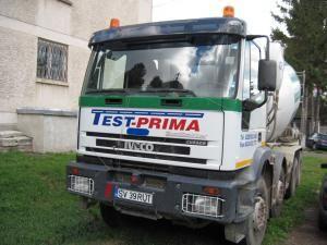 Autoutilitara cu pricina, o betonieră, este înmatriculată la Suceava şi a trecut de verificările RAR