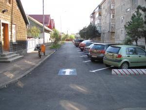 Parcări moderne în cartierul Obor din Rădăuţi