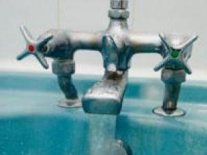 Locuitorii municipiului Suceava ar putea întâmpina luni probleme în privinţa curgerii apei potabile la robinete
