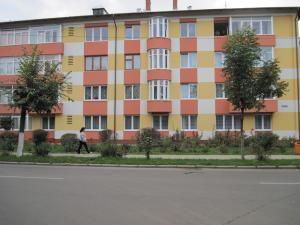Proprietarii a peste 700 de apartamente din municipiul Rădăuţi vor locui, până la finele anului, în apartamente reabilitate termic