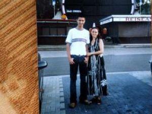 Ciprian Iulian Pînzaru alături de mama sa, în vremurile când amândoi erau sănătoşi
