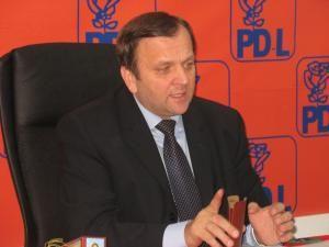 """Gheorghe Flutur: """"Din câte ştiu, conducerea PD-L nu susţine un astfel de proiect"""""""
