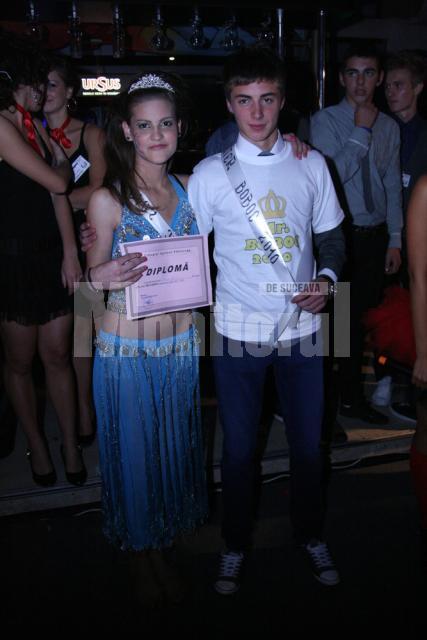 Adina Ştirbu şi Robert Hîrgău, Miss şi Mister Boboc 2010 ai Colegiului Agricol Fălticeni