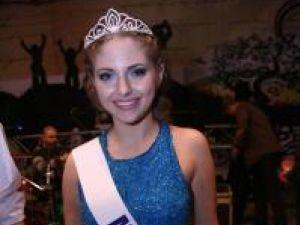 """Bristena Mardare, Miss Boboc 2010 a Colegiului Naţional """"Ştefan cel Mare"""""""