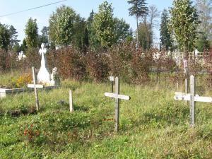 Mormintele celor îngropaţi prin grija municipalităţii