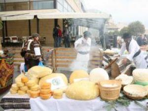Clujenii vor fi îmbiaţi la sfârşitul acestei săptămâni cu peste 100 de produse tradiţionale din Bucovina