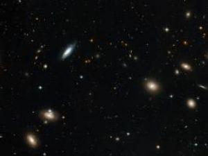 O nouă galaxie, identificată la o distanţă record faţă de Terra