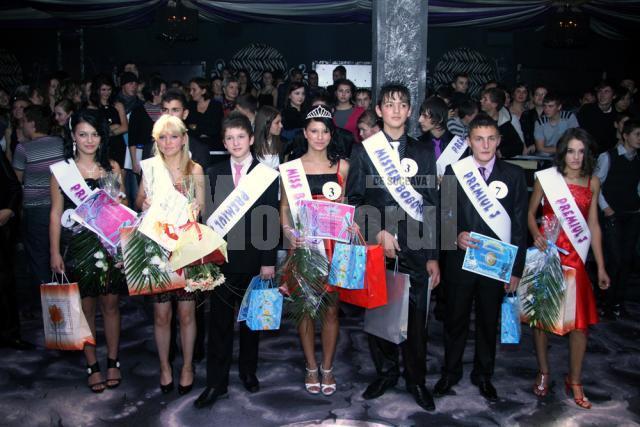 """Premianţii concursului de Miss şi Mister 2010 ai Colegiului Tehnic """"Petru Muşat"""""""