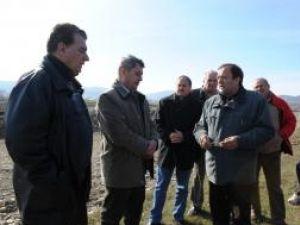 Lucrare: Digul de protecţie de pe pârâul Suceviţa va fi gata luna viitoare
