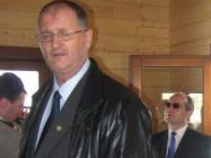 Mârâie tabăra PDL: Senatorul PDL Orest Onofrei îi cere lui Boc demiterea ministrului Educaţiei