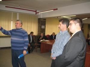 Reprezentanţii firmelor de repartitoare Elsaco si Techem, convocaţi ieri de primarul Ion Lungu  la şedinţa lunară cu asociatiile de proprietari