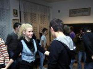 Repetiţii pentru proba de dans