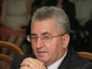 """Ion Lungu: """"Din păcate, suntem condiţionaţi ca banii din creditul luat în 2007 de la Dexia să îi utilizăm până în data de 18.04.2011"""""""