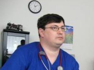 Doctorul Tiberius Brădăţan, unul dintre primii oameni pe mâna cărora ajung cei care recurg la tentative de sinucidere
