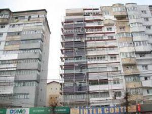 Schelele montate pe faţadele blocurilor pot fi folosite şi de spărgătorii de locuinţe