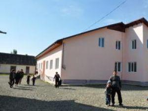 Începută în 2007, grădiniţa din Udeşti a fost deschisă abia în acest an, pe 13 septembrie