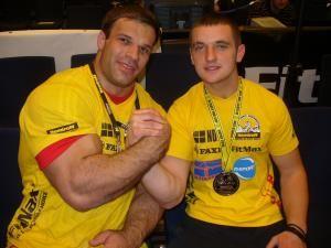Chipreanov (dreapta) a obţinut un rezultat remarcabil la Campionatele Mondiale