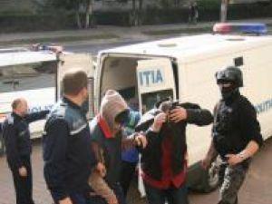 Pentru nouă persoane, Tribunalul Suceava a emis mandate de arestare pentru 29 de zile