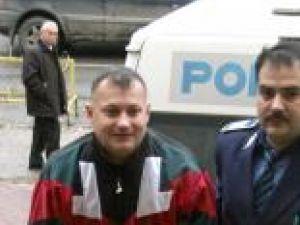 Vasile Pavăl, adus în faţa judecătorilor cu propunere de arestare preventivă