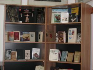 Cărţi cu dedicaţie şi documente inedite din Donaţia Fondul Monica Lovinescu şi Virgil Ierunca