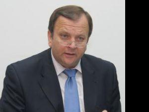 Gheorghe Flutur a anunţat ca Banca Europeană de Investiţii va finanţa lucrările de modernizare a drumului de la Prislop la Iacobeni