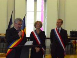 """Ion Lungu: """"Am convenit cu domnul primar Guillaume Garot să colaborăm în promovarea dezvoltării şi consolidării relaţiilor dintre reprezentanţii domeniului economic"""""""