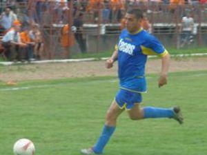 Veteranul Mihai Guriţă a urcat pe primul loc cu Sporting
