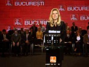 """Elena Udrea: """"PD-L Bucureşti are echipă, PD-L Bucureşti are proiecte!"""". Foto: MEDIAFAX"""