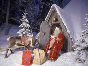 Concurs: Poşta Română trimite copiii în ţara lui Moş Crăciun