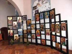 Cultural: Expoziţie de icoane, la Eco-Şcoala Nr. 10 Suceava