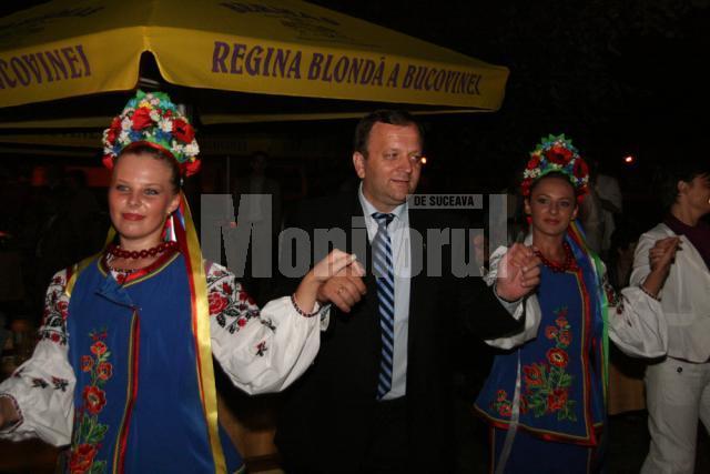 Presedintele Consiliului Judetean Suceava nu a ezitat sa se implice in actiunile culturale organizate in aceasta zona