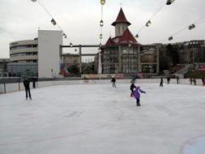 Sporturi de iarna: Patinoarul artificial al Sucevei se va deschide pe 4 decembrie