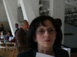 """Aurelia Focşa: """"În cazul cursurilor de bucătar şi ospătar, elevii fac la început ore de instruire teoretică, după care trec la pregătirea practică"""""""