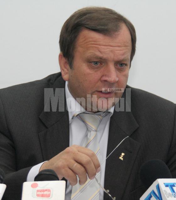 Preşedintele Consiliului Judeţean, Gheorghe Flutur