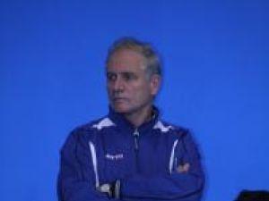 Victor Pancu vrea să vadă că elevii săi ştiu volei