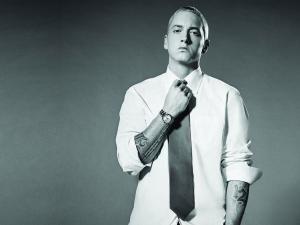 Eminem a primit 10 nominalizări la gala premiilor Grammy 2011