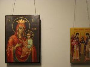 Icoane ortodoxe pictate pe lemn de părintele Emilian Gavrilean