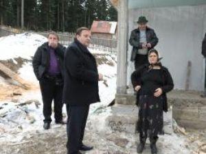 Gheorghe Flutur a apreciat implicarea autorităţilor şi a comunităţii locale