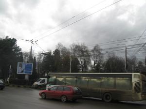 Cablurile de troleibuz aparţinând societăţii de transport public local, ţinta hoţilor