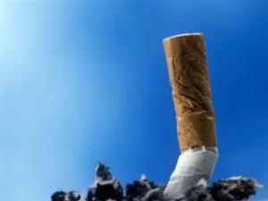 Renunţarea la fumat îi face pe oameni să devină mai fericiţi